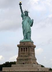 Cognac Paradis Statue of Liberty